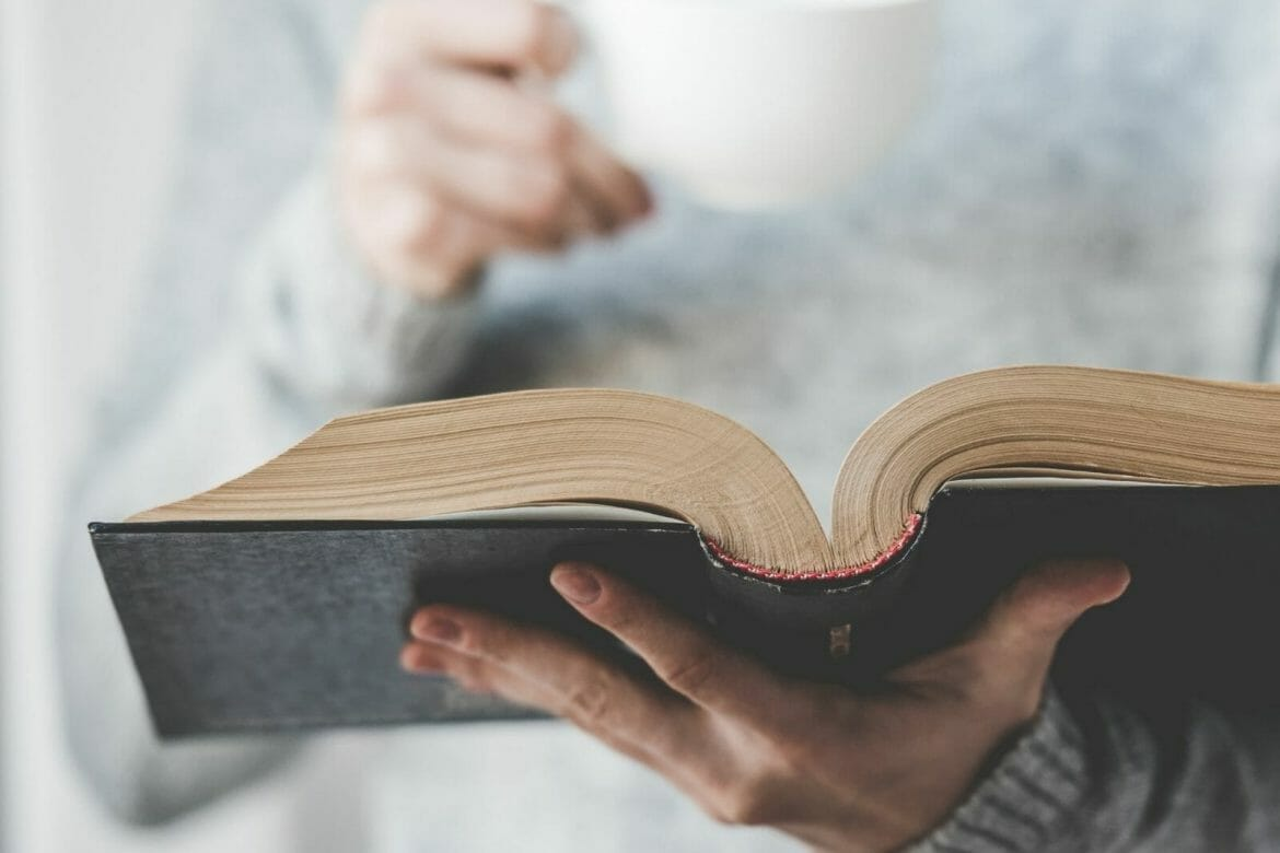 How to keep a Healthy Reading Habit?